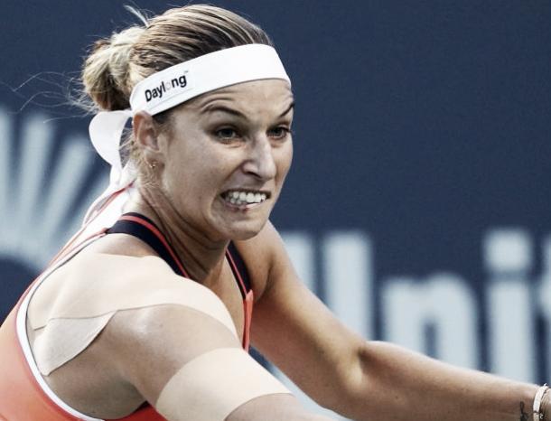 Getty Images: Cibulkova goes for shot