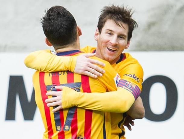 Munir celebrating with Messi. Photo: Mundo Deportivo