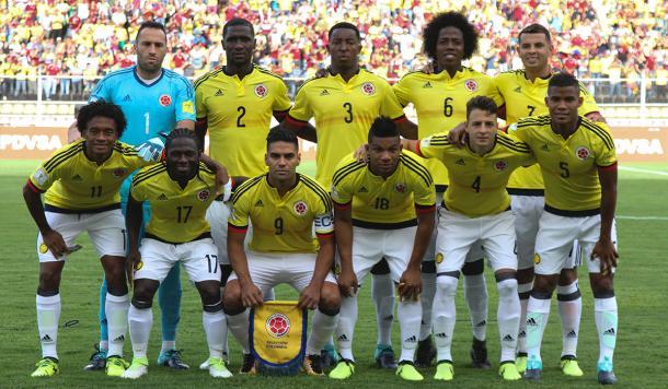 Barrios (5), Cardona (7) y Fabra (18), presentes ante la Vinotinto (Foto: Selección Colombia).