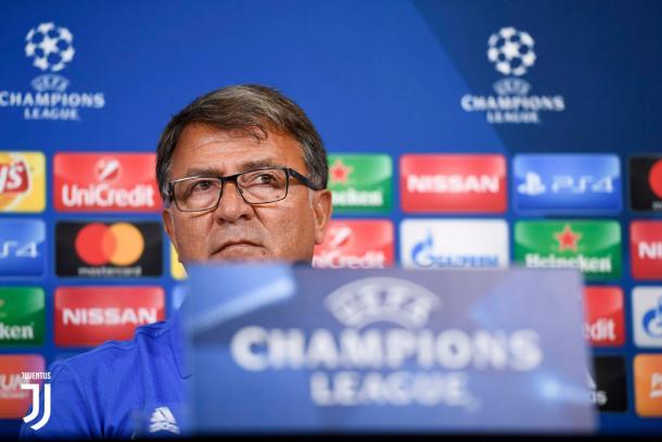 Takis Lemonis en rueda de prensa previa al encuentro / Foto: Juventus