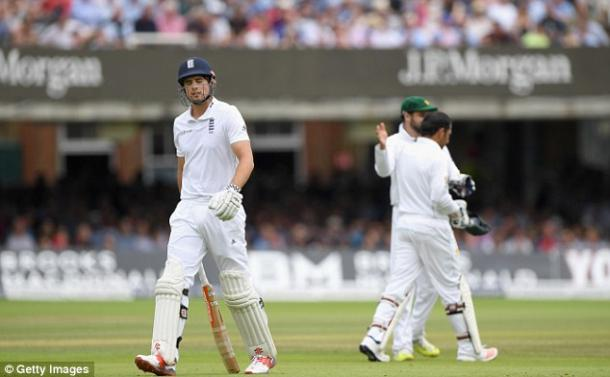 Cook couldn't lead his side to victory in the first test (photo: Getty Images)