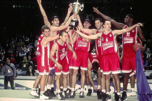 Estudiantes, campeón de la Copa del Rey 2000.   Foto: ACB