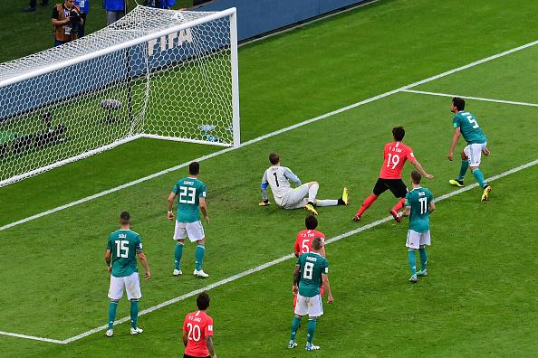 Gol marcado por Kim Young-Gwon, abrindo o placar contra a Alemanha (Foto: Luis Acosta / AFP)