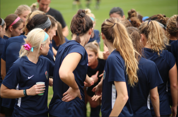 The North Carolina Courage beat UNC-Chapel Hill 1-0 in their first preseason game of 2018. | @TheNCCourage