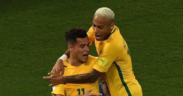 Coutinho and Neymer celebrating Coutinho's goal against Bolivia