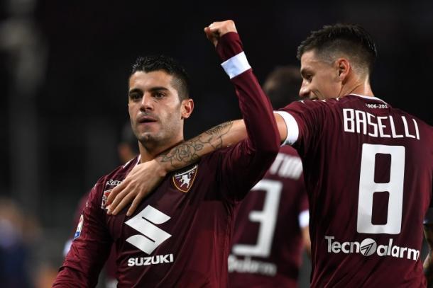Iago Falqué esulta dopo uno dei due gol siglati al Chievo. | Toro News.