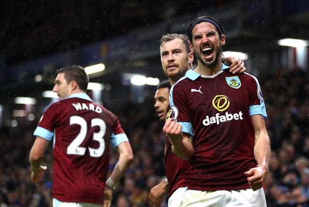 Boyd esulta per il gol del parziale 3-1. | Premier League, Twitter.