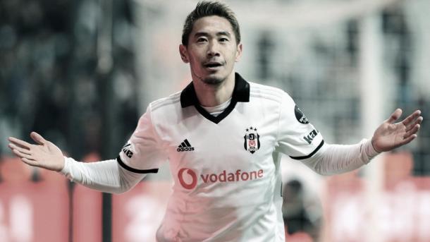 Kagawa jugando con el Besiktas. | Fuente: Kyodo News.