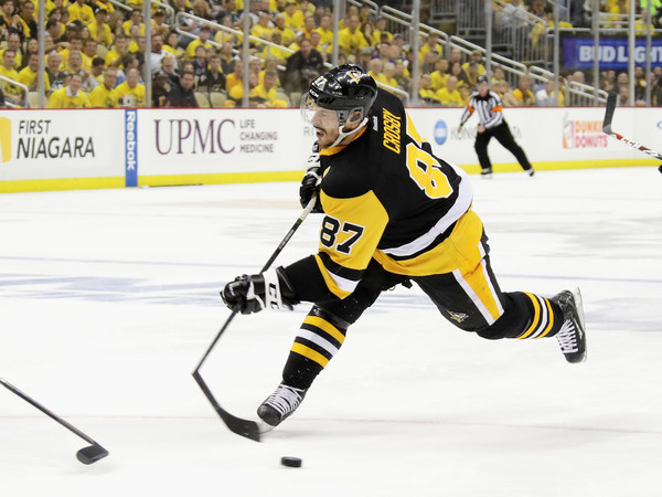 Crosby on the attack in the first period. Credit: Bruce Bennett/Getty Images North America