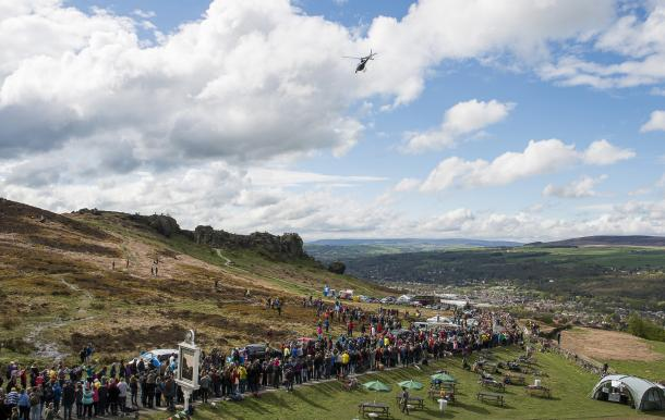 Plenty of people lined the route for the women's race yesterday. | Photo: Yorkshire reporter