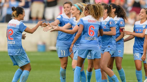 Nagasato celebrating with her teammates after a game winning assist to Julie Ertz l Source: NWSL Soccer