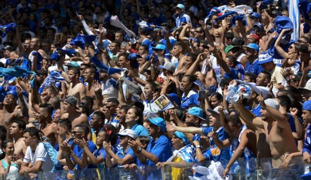 Mudança no programa de sócios torcedores foi reprovada por parte da torcida celeste (Foto: Washington Alves/Light Press)