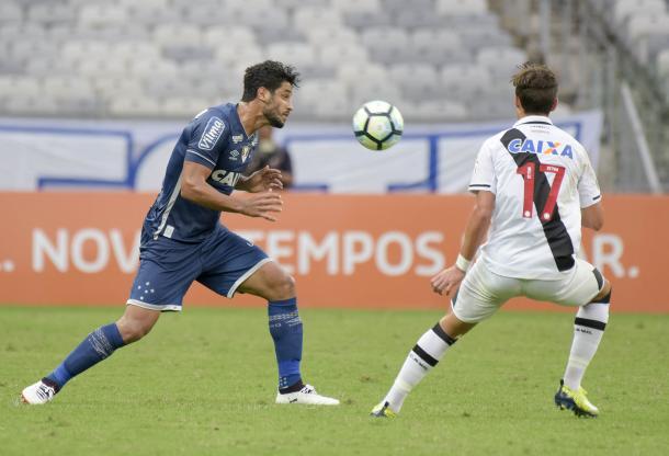 Último jogo de Léo em 2017 foi diante do Vasco, no Mineirão (Foto:Washington Alves/Light Press/Cruzeiro)