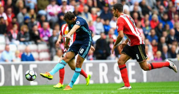 Stuani scores the stunning opener against Sunderland. | Image source: Premier League