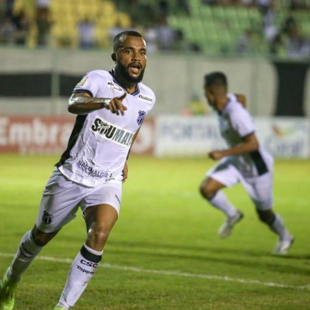 Samuel Xavier marcou um dos gols do Ceará na primeira partida (Foto: divulgação/Ceará SC)