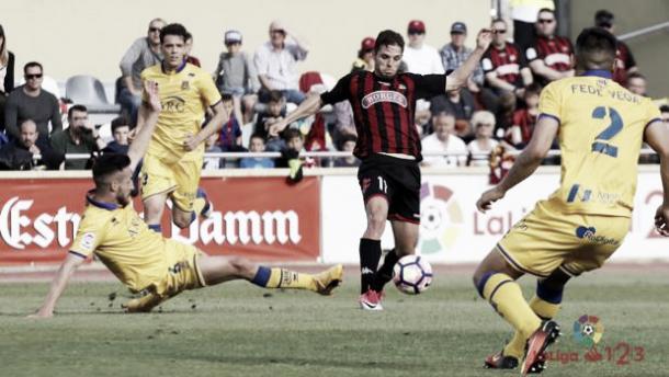Fran Carbia, lesionado a día de hoy, ante el Alcorcón la pasada campaña | Foto: LaLiga 1|2|3