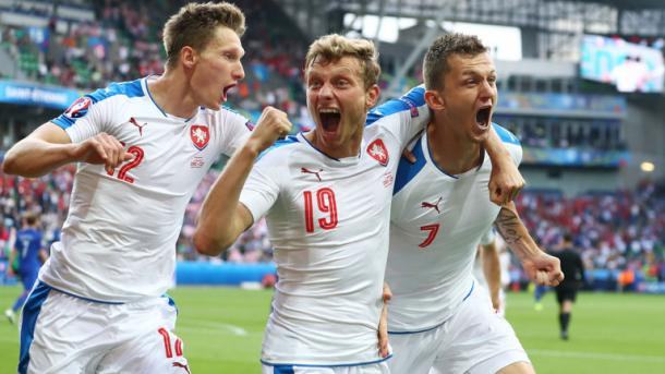 Krejci celebrates with his Slovenkian team mates in their match - Croatia at EURO 2016 (skysports.com)