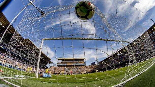Postal del gol de Mario en el Estadio De La Cerámica. Foto: Villarreal CF