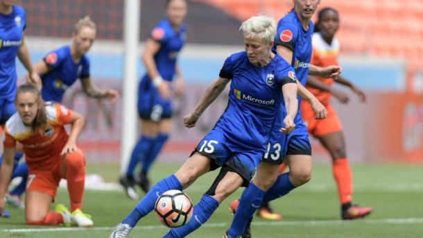 Megan Rapinoe will look to keep her goal-scoring form going against Chicago | Source: komonews.com