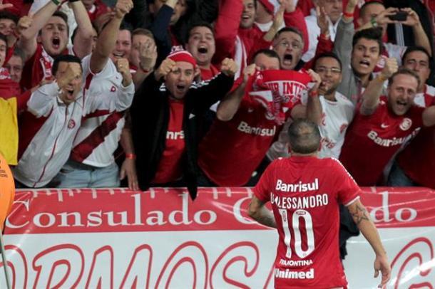 El Cabezón es ídolo en Inter. Lo aman en Brasil (Foto: La Nación)