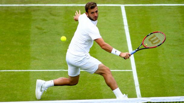 Evans rallied late in the first set, but rarely troubled Roger (photo: Wimbledon.com)
