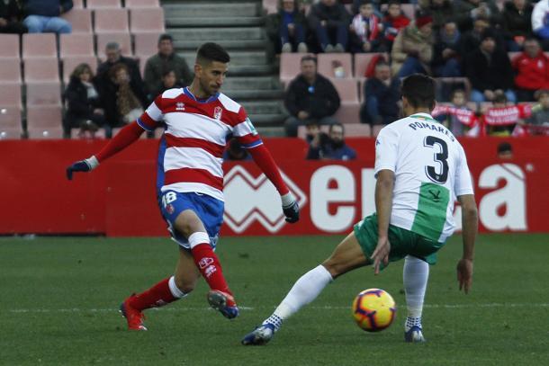Dani Ojeda, en su debut ante el Extremadura UD / FOTO: VAVEL Granada - Antonio L. Juárez