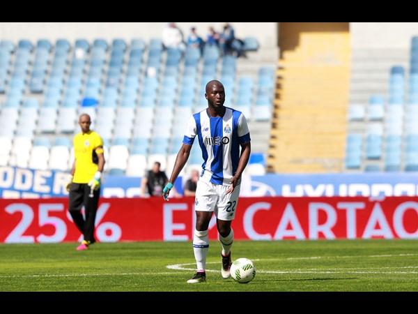 Danilo merece a confiança de Peseiro (Foto: fcporto.pt)