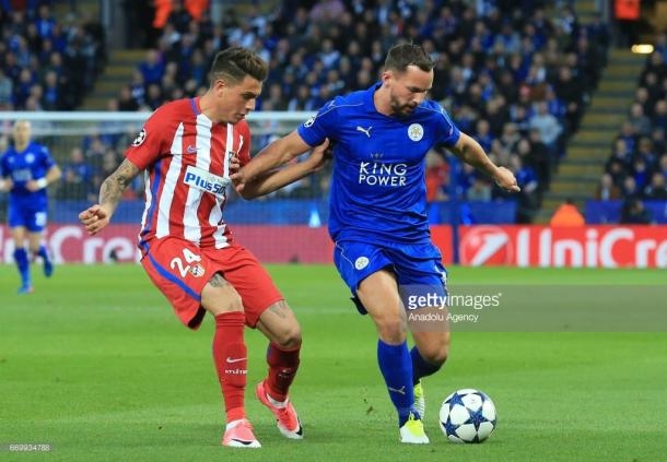 Danny Drinkwater battles during the second leg against Atletico Madrid | Photo: Getty/ Anadolu Agency