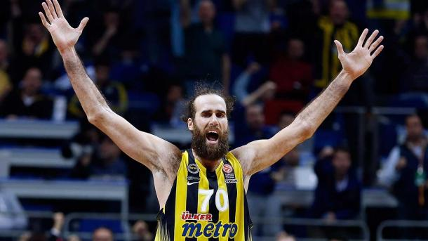 Gigi Datome - Vessillo italiano ad Istanbul - Foto Euroleague