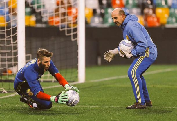 David De Gea had an eventful night. Photo credit: @D_DeGea/Twitter