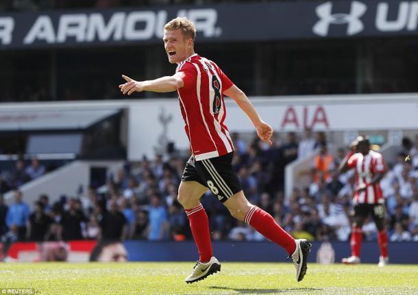 Steven Davis scored twice (photo: Reuters)