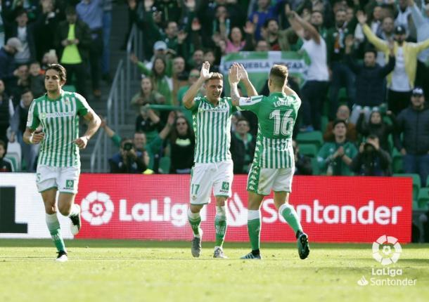 Joaquín celebrando un gol   Fotografía: LaLiga