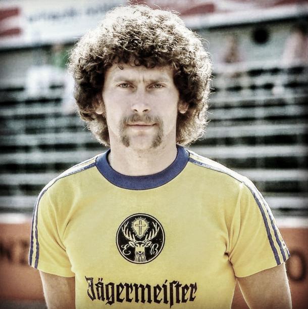Paul Breitner fue la imagen del Eintracht de Braunschweig, primer club en la historia en poner patrocinador en las camisetas