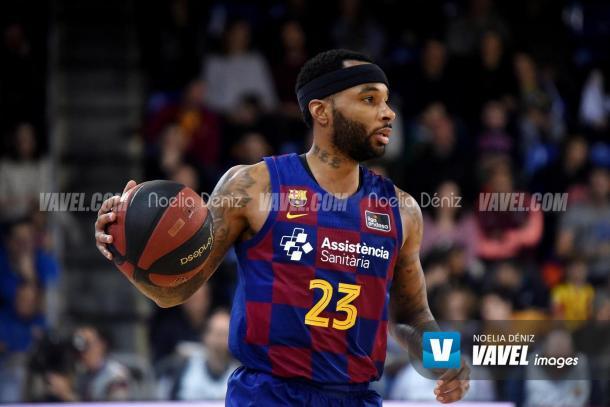 Malcom Delaney frente al Bilbao Basket | Foto: Noelia Déniz, VAVEL Images