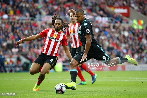 Jason Denayer came in for van Aanholt at left back as Moyes changed his side. (Photo: Getty Images)