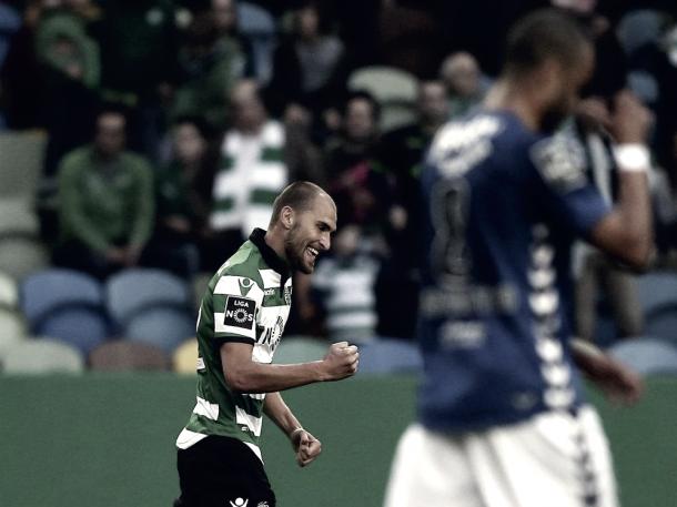 Dost, con un doblete, dio la victoria a los suyos. Foto: Sporting CP