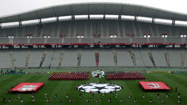 El estadio Atatürk, sede de la final de Champions League 2020, en la última vez que albergó una final de este torneo, fue en 2005, cuando se registró el famoso 'milagro de Estambul', partido histórico en esta competición. Imagen: EFE