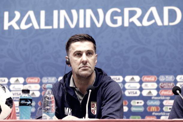 Krstajic en rueda de prensa. | Fuente: Federación Serbia