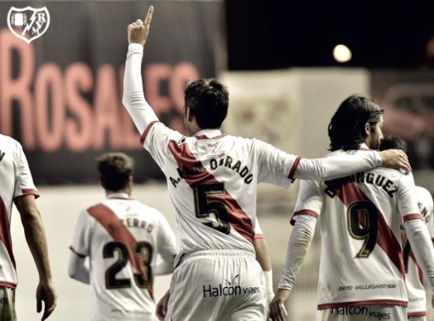 Chechu Dorado celebrando un gol. Fotografía: Rayo Vallecano S.A.D.