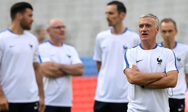 Deschamps and his team checked out the Stade de France on Thursday (photo; UEFA)
