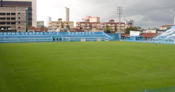 Mais acanhado, estádio da Curuzu é mais utilizado pelo Papão para mandar jogos (Foto: Fernando Torres/Paysandu)