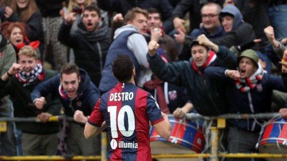 L'esultanza di Mattia Destro al Dall'Ara - Foto Getty Images