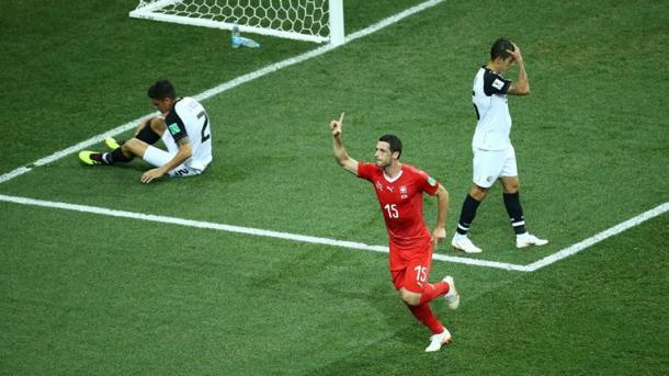 Comemoração de Dzemailli no gol da Suíça (Foto: Divulgação/Fifa)