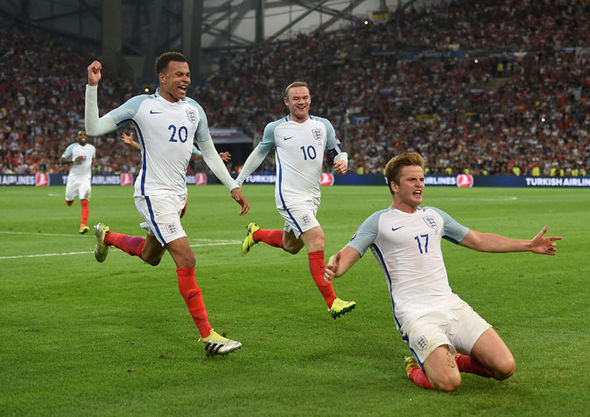 Dier and clubmate Alli celebrate the former's free-kick goal (photo: Getty Images)