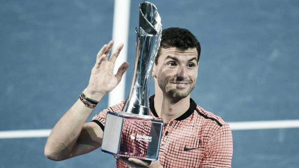 Dimitrov, con el título de Brisbane. Foto: Zimbio