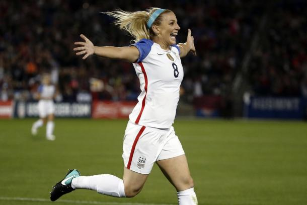 Julie Ertz showed great attacking prowess for her goals tonight | Source: Jack Dempsey-AP