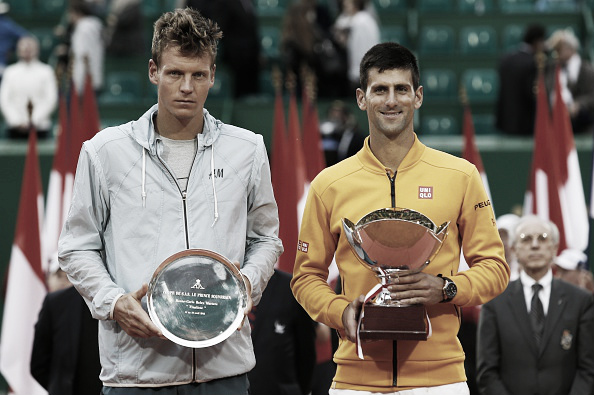 Djokovic posing with Berdych after their Monte-Carlo final (Photo: Getty Images/Jean-Christophe Magnenet)