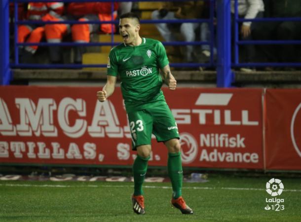 Djurdjevic celebra uno de sus goles contra el Extremadura | Imagen: LaLiga
