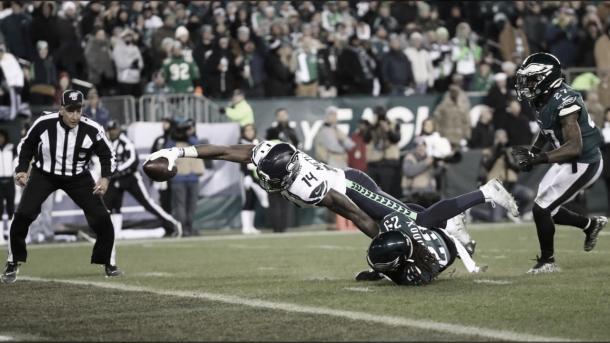 Momento de la anotación de Dk Metcalf (foto Seahawks.com)