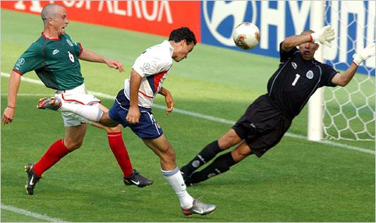 Gol histórico a México (Imagen: goal.blogs.nytimes.com)